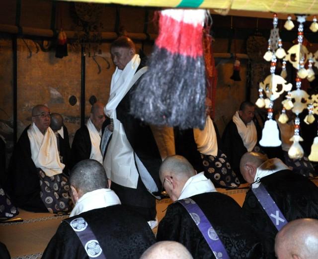 中西・新法印の転衣式、高野山・金剛峯寺で厳かに