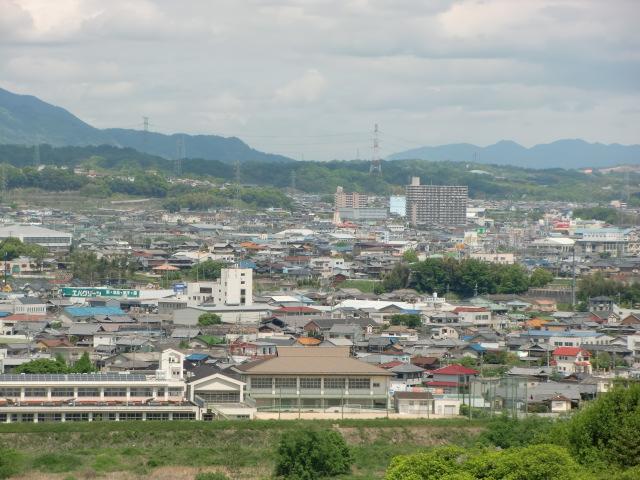 紙遊苑から橋本方面を望む(右)