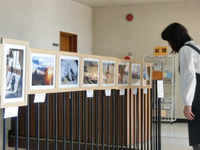 図書館「写真発表の場」提供~高齢者ら大喜び
