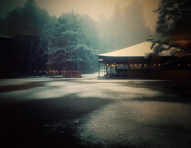 永坂さん撮影の「御影堂の初雪」