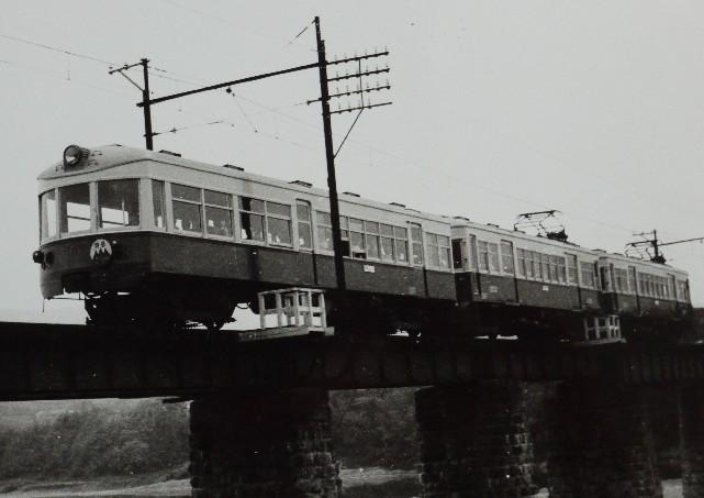 クイーン・のんびり・風~橋本の紀の川鉄橋3景