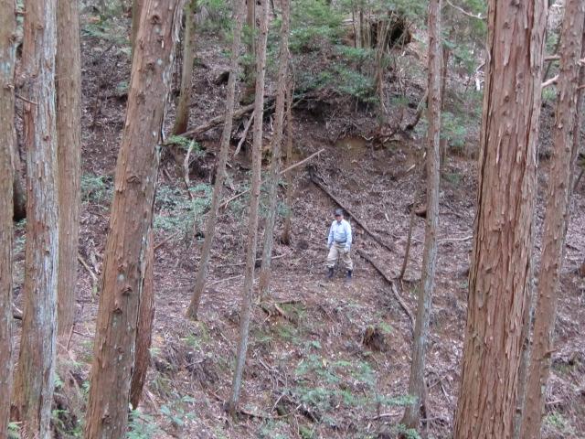 玉川峡周辺の山々を歩く上西さん