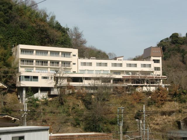 ハイカーら待望の「紀伊見荘」20日新装オープン