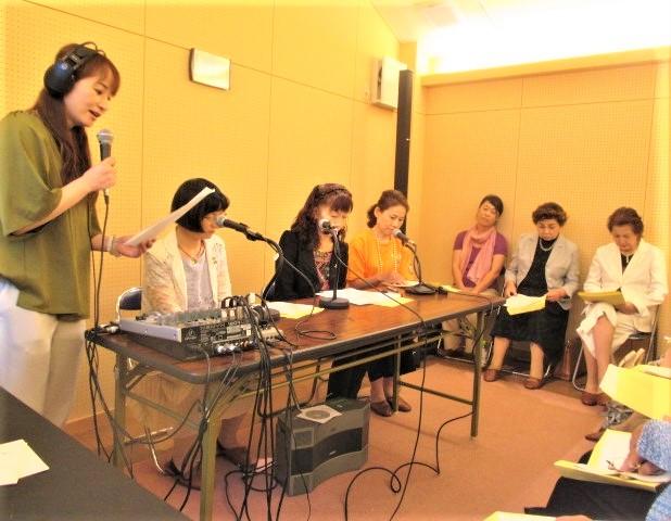 向井会長FM放送の役割語る♪県内商議所女性会聴講