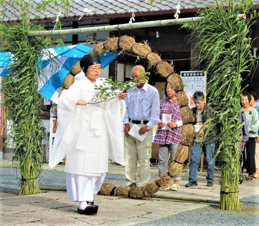 茅の輪くぐりで罪穢れ祓う♪隅田八幡神社で清々しく