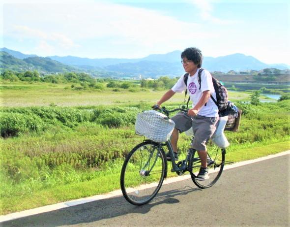 自転車の関さん橋本通過!日本一周そして世界へ
