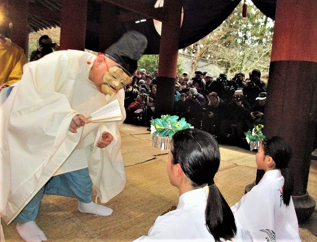 田人や牛飼いユーモラス♪丹生都比売神社の御田祭