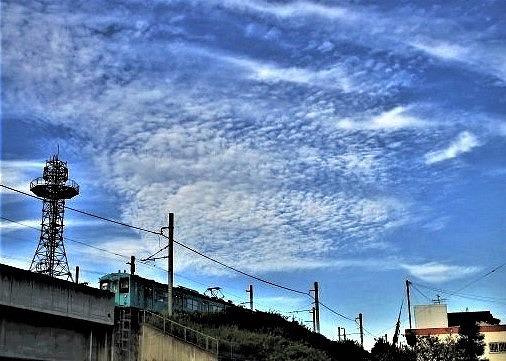 あぁ鱗雲、秋の風♪12日の橋本~JR電車涼しそう