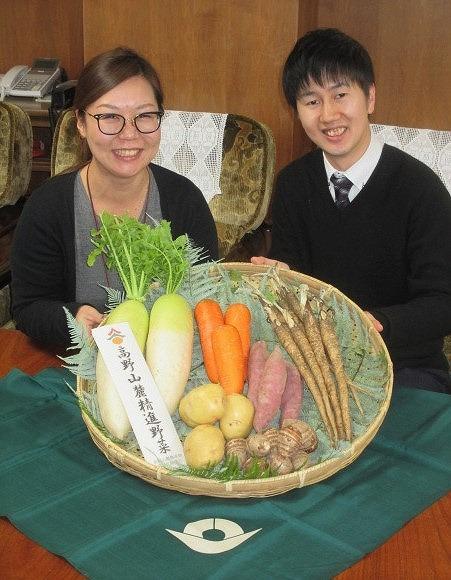 高野山麓精進野菜・販売へ♪橋本~ゴボウなど6種類