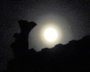 満月♡妙楽寺の空に♪雨季前の橋本~市民にパワー